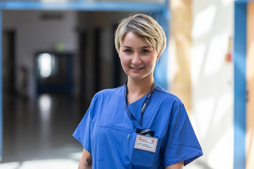Antonia Schulze Gesundheits- und Krankenpflegerin
