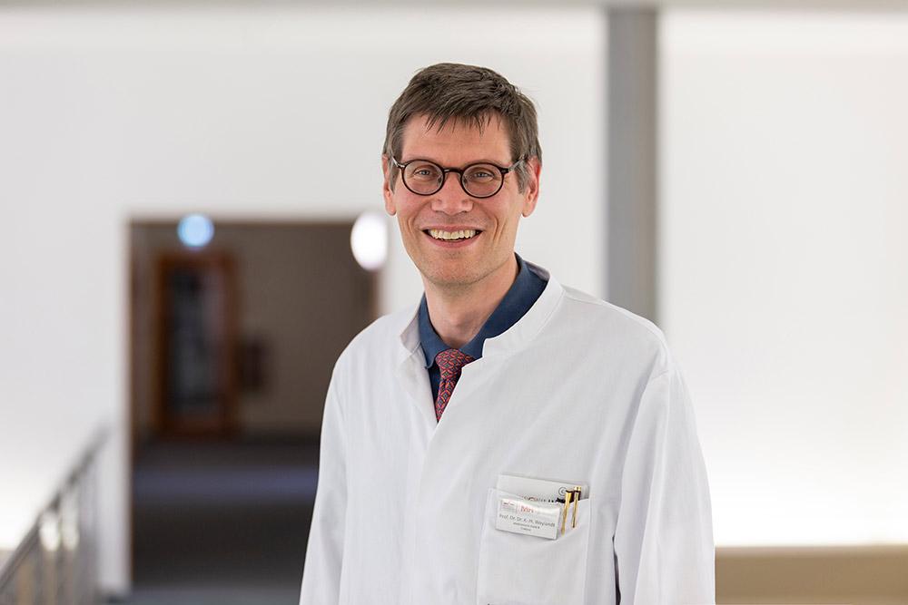 Univ.-Prof. Dr. Dr. med. Karsten-H. Weylandt (Med. Klinik B) Facharzt für Innere Medizin, Schwerpunktbezeichnung Gastroenterologie