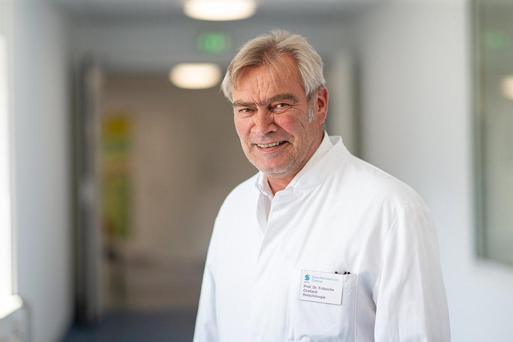 Chefarzt Prof. Dr. Dirk Fritzsche Facharzt für Herzchirurgie